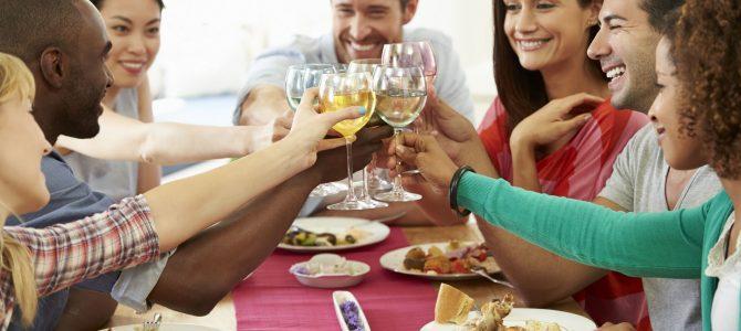 Saiba como organizar a casa para receber convidados – WhatsApp 96288-0872